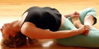 bai tap yoga giup chua benh tri
